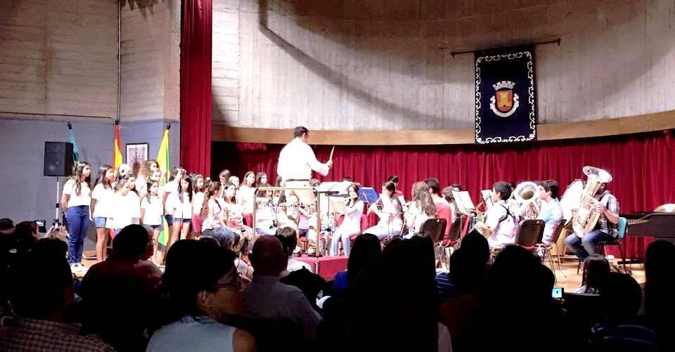 La Escuela Municipal de Música clausura el curso 2016/2017 este lunes a las 20:30 horas en la casa de la cultura de Olivenza